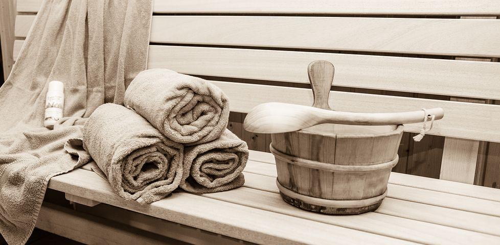 A guide to using a sauna.
